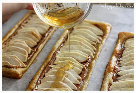 Honeyed Apple Peanut Butter Tart